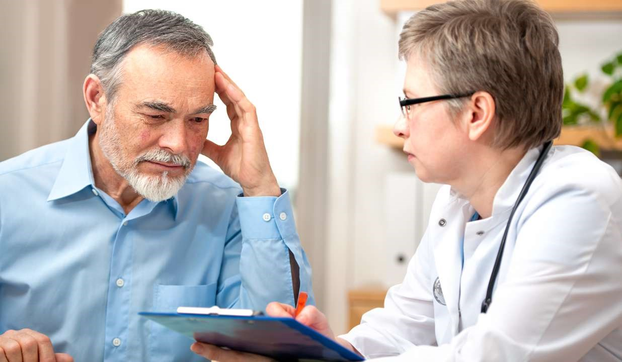 Memory Slips May Signal Increased Risk of Dementia Years Later
