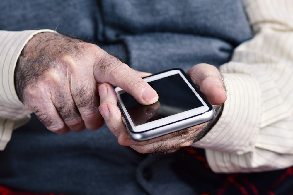 Lung Cancer Patients Shown to Live Longer Using New Smartphone App Prototype