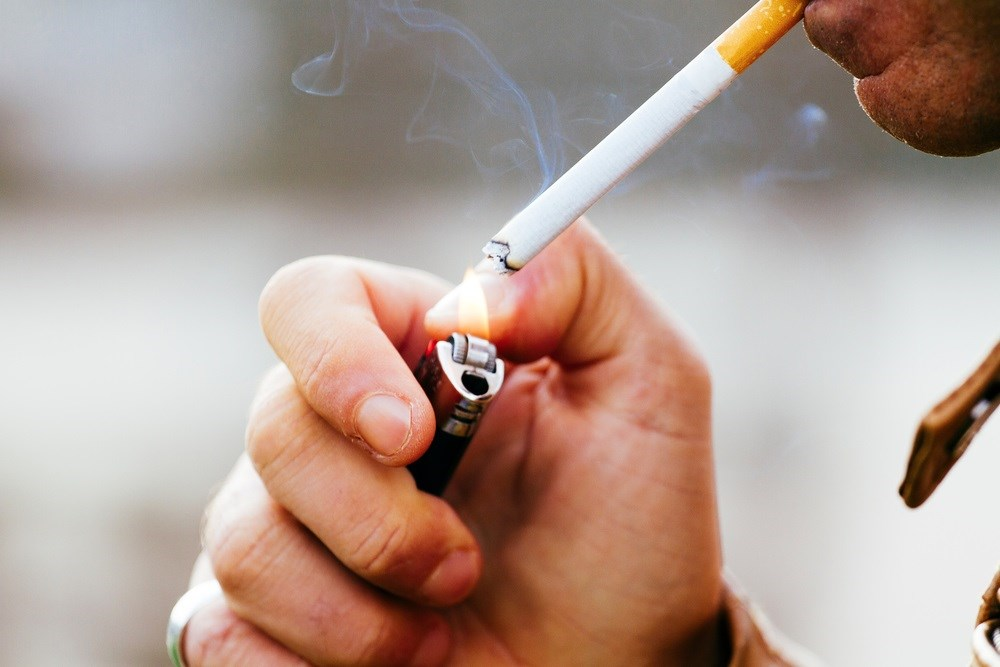 Smoking Cessation Advice Before Cosmetic Surgery Making Lead to Long-Term Quitting