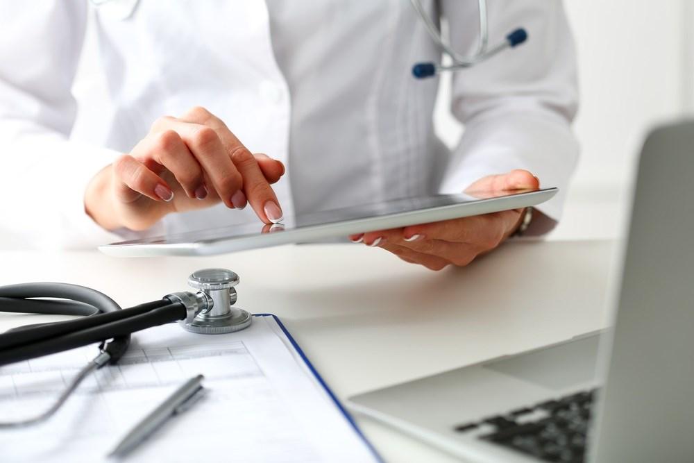 Addressing Patient Behaviors on Social Media