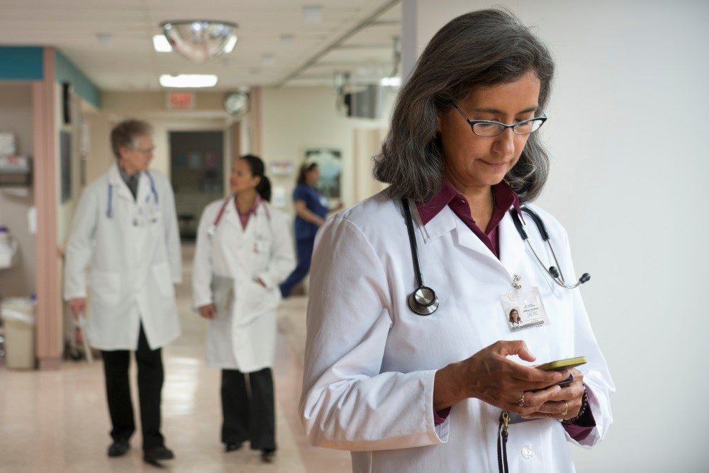 Physicians Can Use Text Messaging, But Vigilance Is a Must, Warns Bioethicist