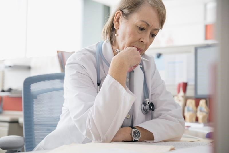 Pay Inequality, Contract Negotiation Top Concerns for Female Physicians