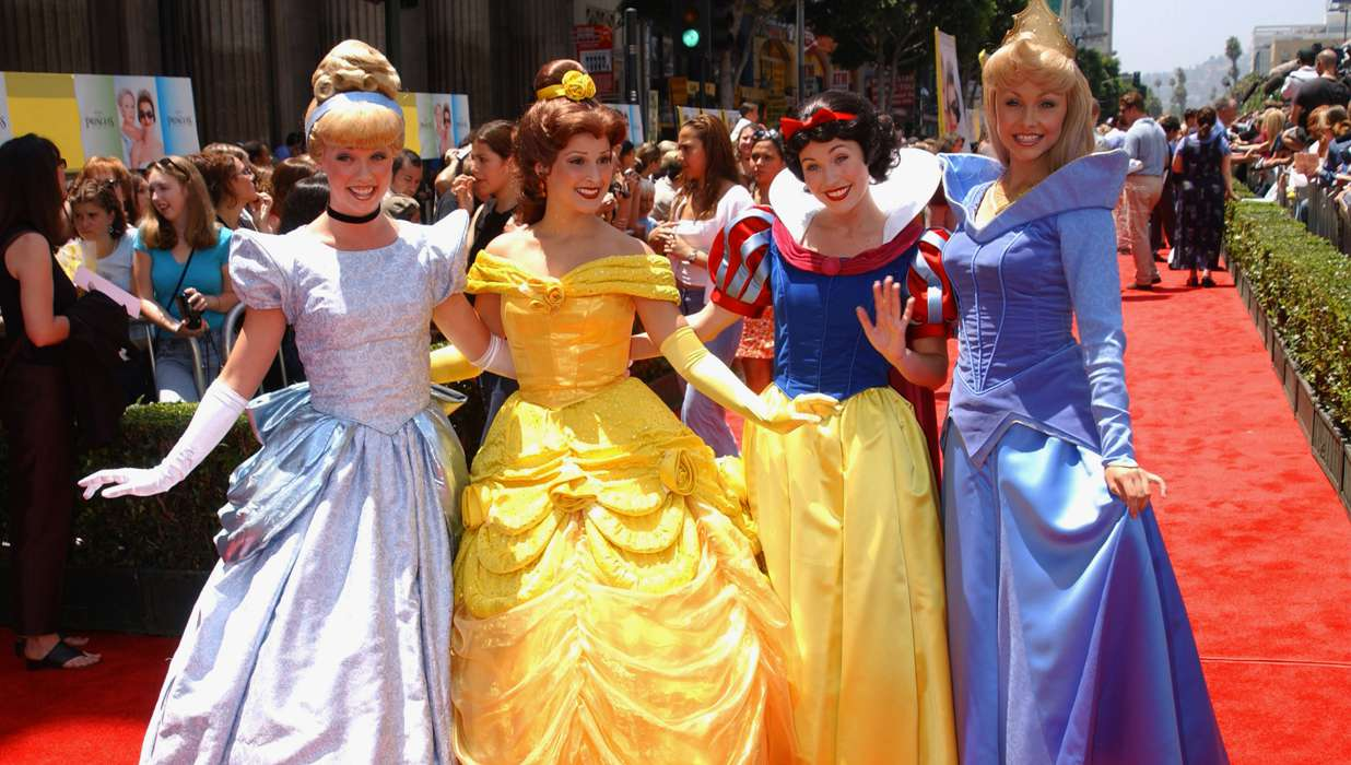 The doctor is in waiting room diagnoses for disney princesses - Princesse de walt disney ...