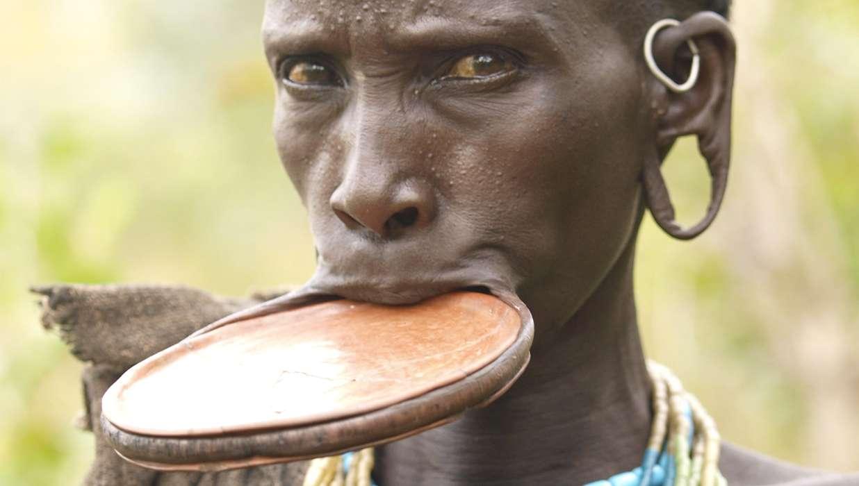 Pucker Up Lip Plating Still In Vogue In Remote Tribal Villages
