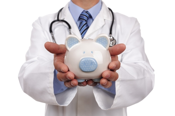 Hot Money-Saving Tips for Newly Minted MDs