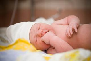 Policies for newborn screening for critical congenital heart disease decreased infant cardiac deaths between 2007 and 2013.