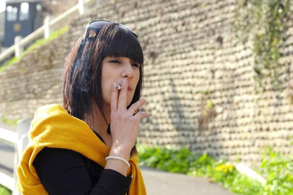 Smoking Increases Long-Term Radiotherapy Risks in Breast Cancer