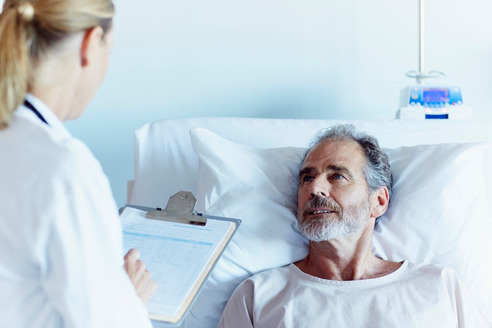 Patients admitted during survey weeks, versus non-survey weeks, have significantly lower mortality,