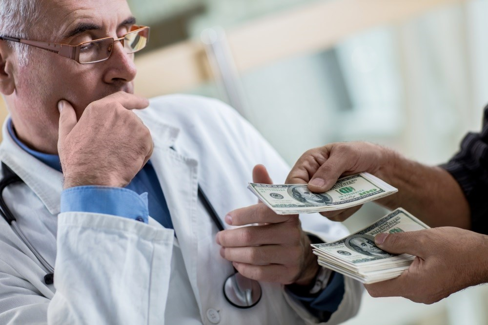 Half of US Physicians Receive Monetary Gifts From Industry