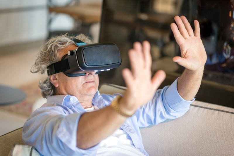 Virtual Reality: Is This a More Palatable Treatment for Chronic Pain?
