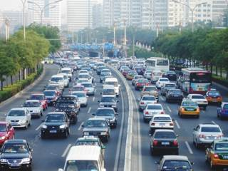 Short-term exposure to traffic pollution prevents the beneficial cardiopulmonary effects of walking.
