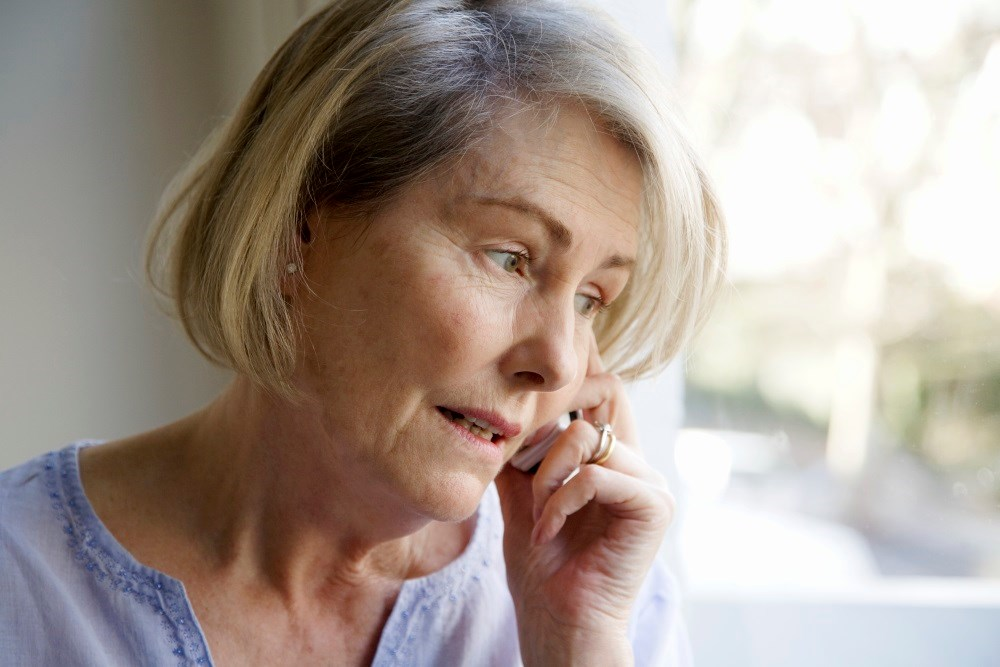 Telephone follow-up does not improve outcomes for older adults discharged from the emergency department.