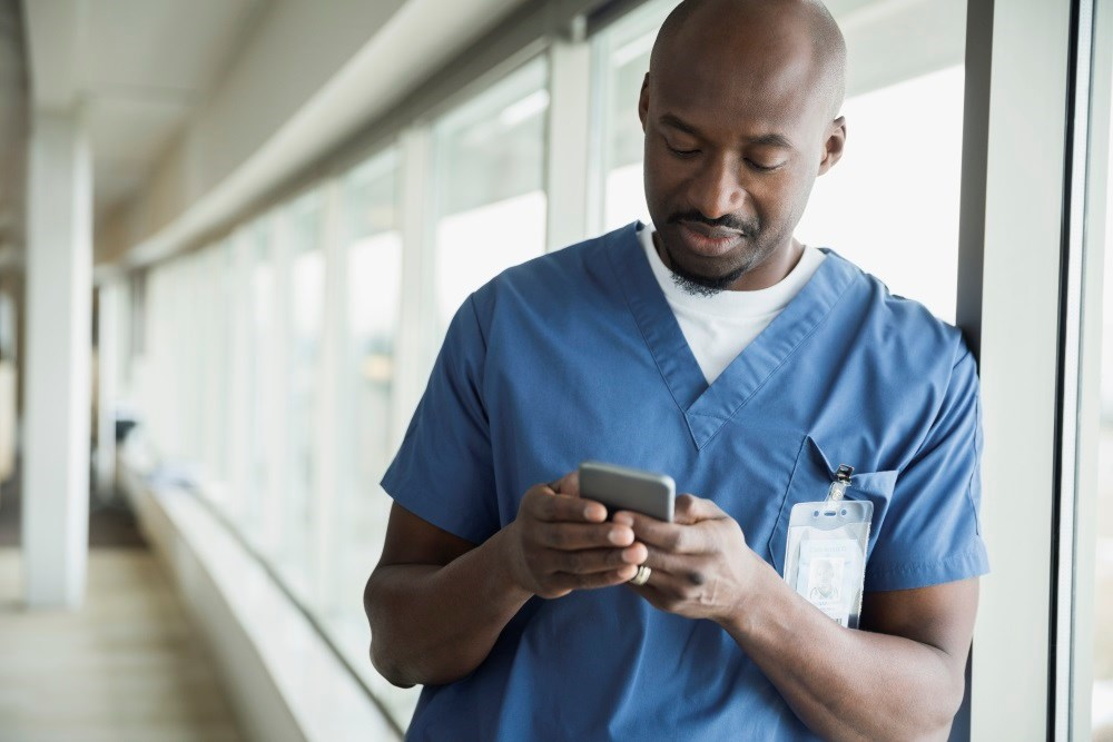 Experts Recommend 7 Web-Based Tools and Mobile Apps to Reduce Physician Burnout, Stress