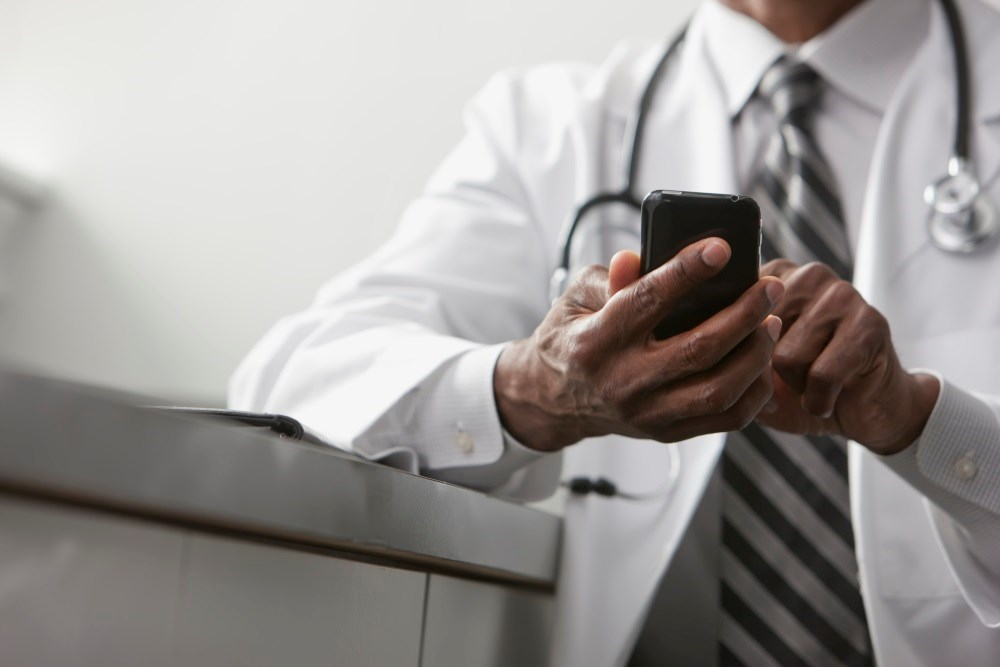 High Patient, Provider Satisfaction With Surgical Wound Monitoring Smartphone App
