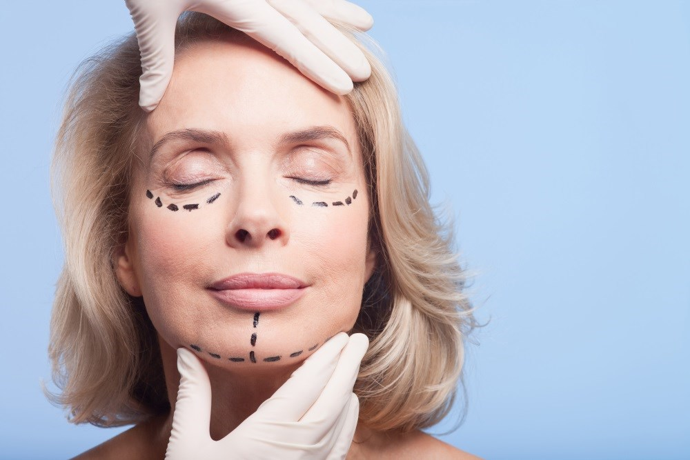 Plastic surgery is one discipline that often utilizes social media as a form of communication, in part due to the visual aspects of the work.
